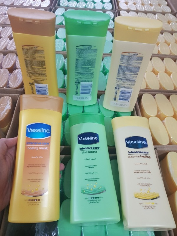 Sữa dưỡng thể Vaseline 400ml