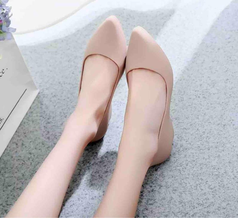 Giày Đi Mưa - Siêu Xinh - 4 Màu , Đủ size 36-40  ( size nhỏ đặt tăng 1 Size ạ ) giá rẻ