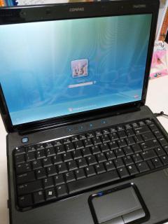 Laptop COMPAQ Presario V3000 thumbnail