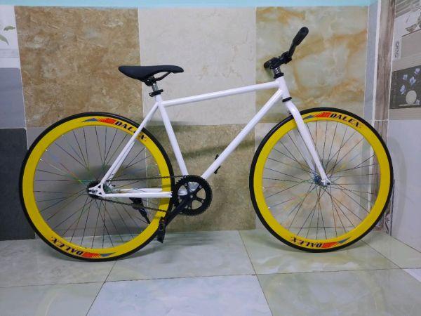 Phân phối Xe đạp Fixed single vàng trắng New bảo hành 1 năm