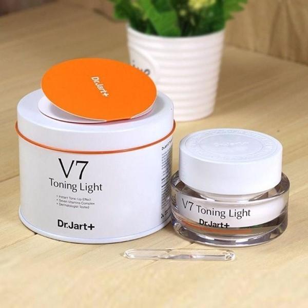 KEM V7 Toning Light giá rẻ