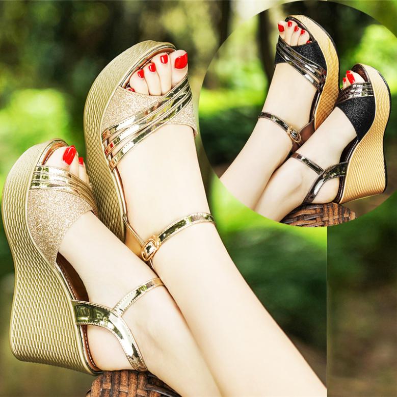 Sandal đế xuồng da mềm cao cấp - Vàng , Đen giá rẻ