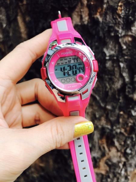 Đồng hồ trẻ em bé trai bé gái popart 36mm đèn led 7 màu chống nước bán chạy