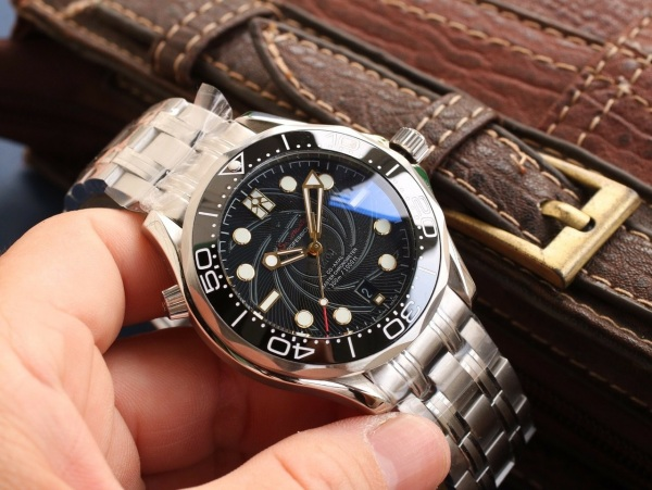 (Tặng dụng cụ tháo mắc dây đồng hồ)Đồng hồ nam om ô mê ga dây thép máy cơ - size 40mm ( DN8800) bán chạy