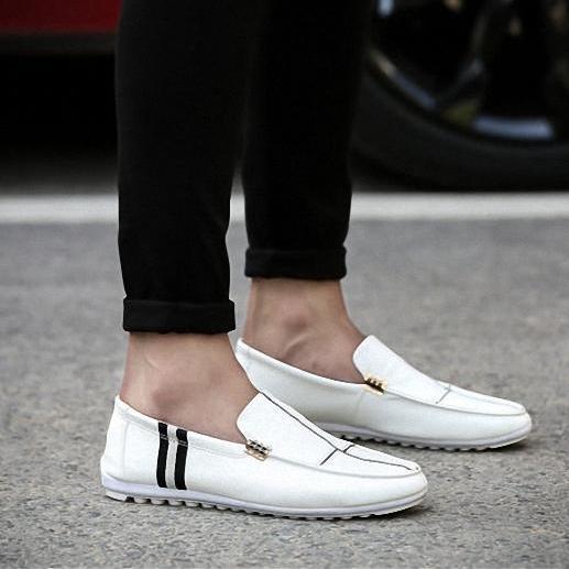 Giày da nam WF-17 trắng kiểu dáng trẻ trung, khỏe khoắn (CHÚ Ý: ĐO CHÂN CHỌN ĐÚNG SIZE THEO BẢNG BÊN DƯỚI)