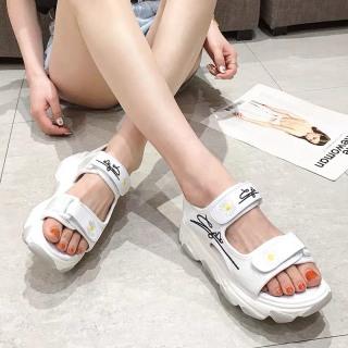 (Video 2 màu) Sandal nữ,sandal hoa cúc 2 quai chữ kí kiểu dáng trẻ trung 3