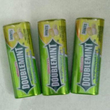 Combo 3 hộp Kẹo ngậm thơm miệng DoubleMint hộp thiếc hương Chanh ((DoubleMint 23.8g x 3 sản phẩm)