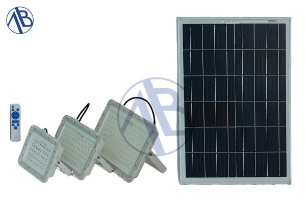 lèn led năng lượng mặt trời 100w
