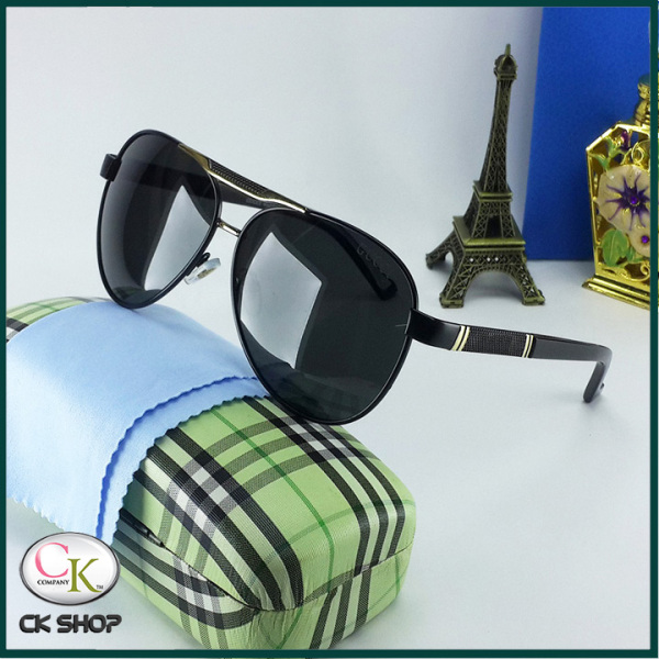 Mua Mắt kính nam-Video thực tế test tia UV( tia cực tím)- kính đầy đủ hộp và phụ kiện như hình