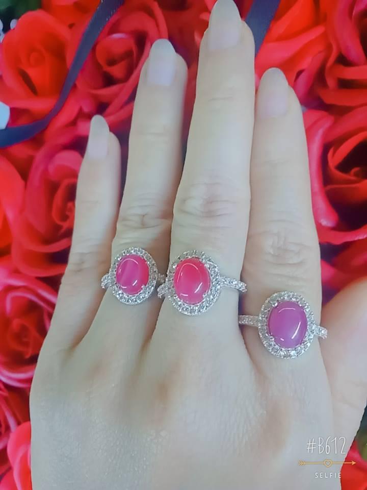 nhẫn đá ruby nam phi bọc bạc ta chuẩn
