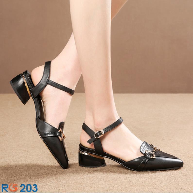 Giày sandal nữ đẹp bít mũi đế thấp vuông hàng hiệu thời trang Rosata-RO203