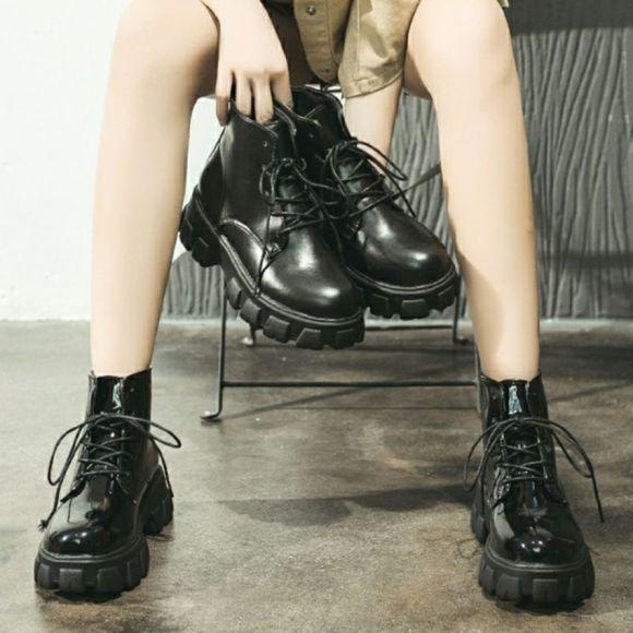 giày bốt nữ thời trang hot trend mã MT đế 5cm tôn dáng xinh dễ mix đồ TẶNG TẤT KHỬ MÙI trị giá 15k khi mua sp tại BITBOT giá rẻ