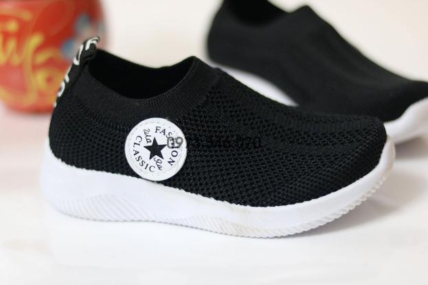 [SIÊU PHẨM 2020]Giày thể thao trẻ em Lebi Store - Giày chun 7166 - {HÀNG ĐẸP, GIÁ GỐC} Giày thể thao cho bé trai và bé gái, giày lưới thoáng khí, giày cho trẻ em: 1 tuổi, 2 tuổi, 3 tuổi, 4 tuổi 5 tuổi giá rẻ