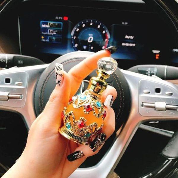 Tinh dầu Dubai Mẫu chai tròn đính đá (17ml) giá SALE 189K