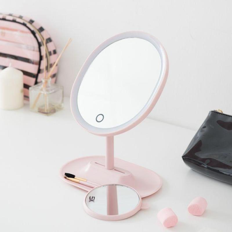 Gương trang điểm nút nguồn cảm biến trên mặt kính,có đèn led 3 màu tiện dụng cho tất cả chị em