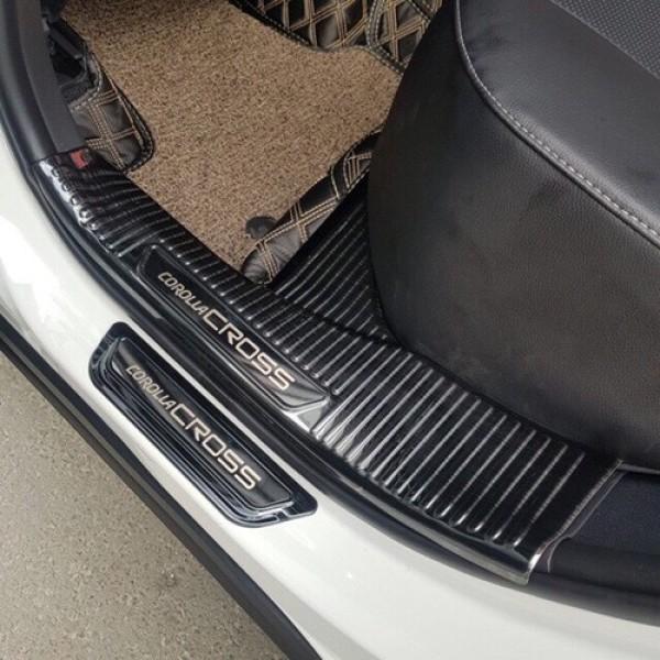 Bộ Ốp bậc cửa, Nẹp bước chân Titan dành cho xe Toyota Corolla Cross 2020