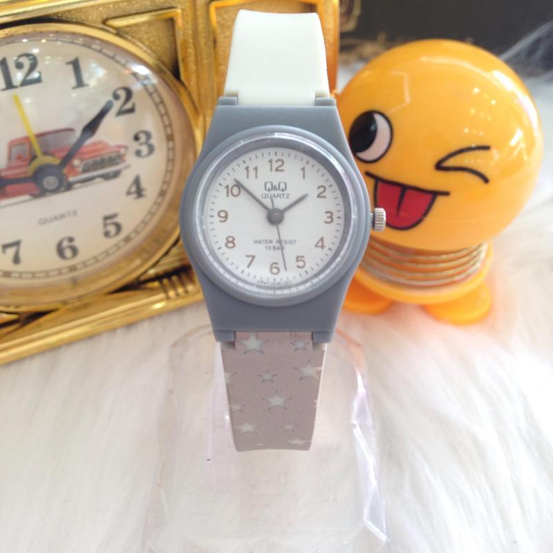 Đồng hồ trẻ em Q&Q VP47J036Y dây nhựa dẻo - Đồng hồ trẻ em dây nhựa dẻo Q&Q chống nước cực tốt - Đồng hồ Q&Q dành cho trẻ em chống nướ cực tốt cho bé thoải sức nghịch nước bán chạy