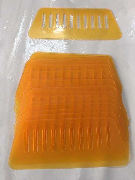 Giấy dán tường sẵn keo EMI dụng cụ gạt dán chuyên dụng