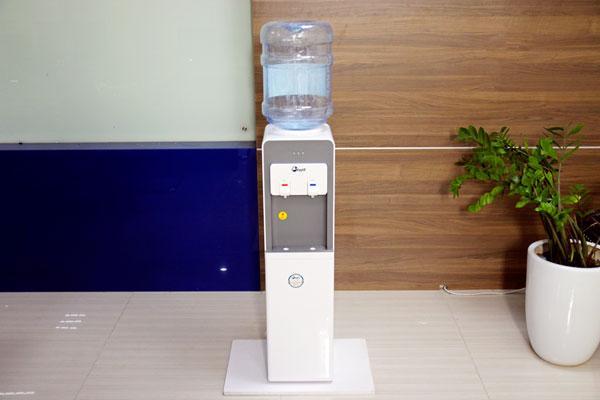 Cây nước nóng lạnh cao cấp FujiE WD1900E [ làm lạnh bằng chíp điện tử ]