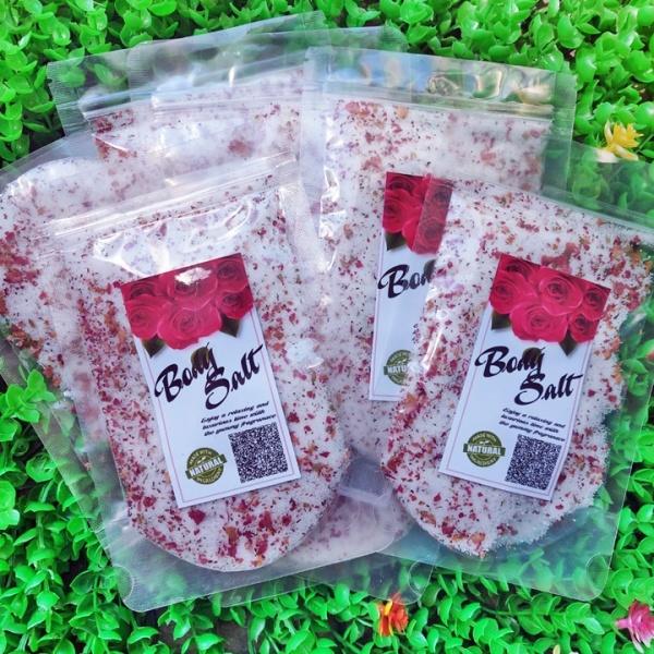 Muối tắm hoa hồng, nhiều hoa hồng khô 100g Body Salt giá rẻ
