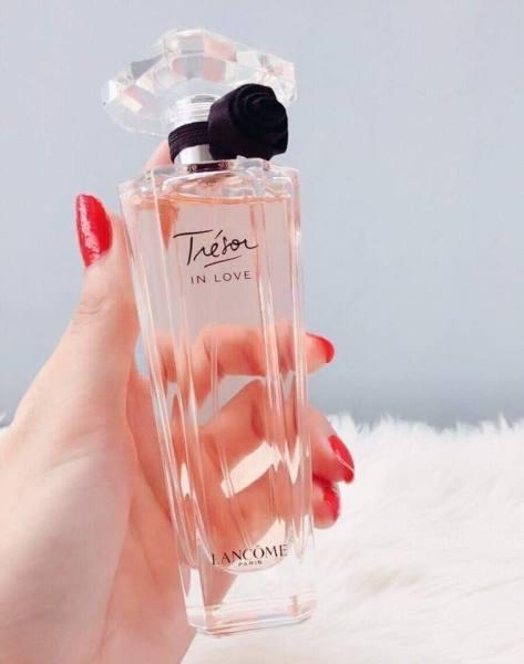 NƯỚC HOA Lacôme Tresor Midnight Rose vang