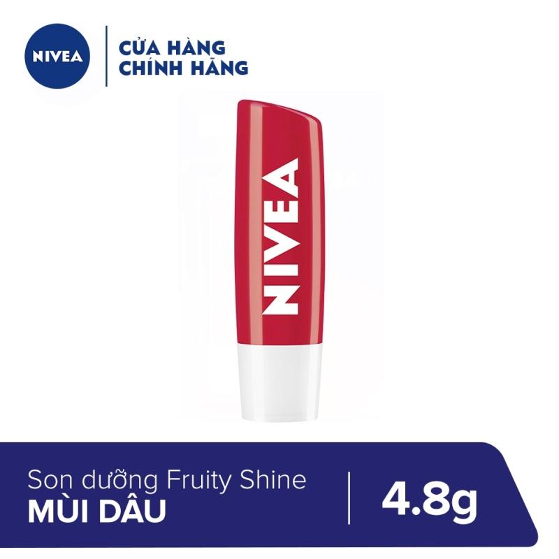 Son dưỡng môi Fruity Shine Strawberry Lip Balm Nivea 4.8g - 85083 giá rẻ