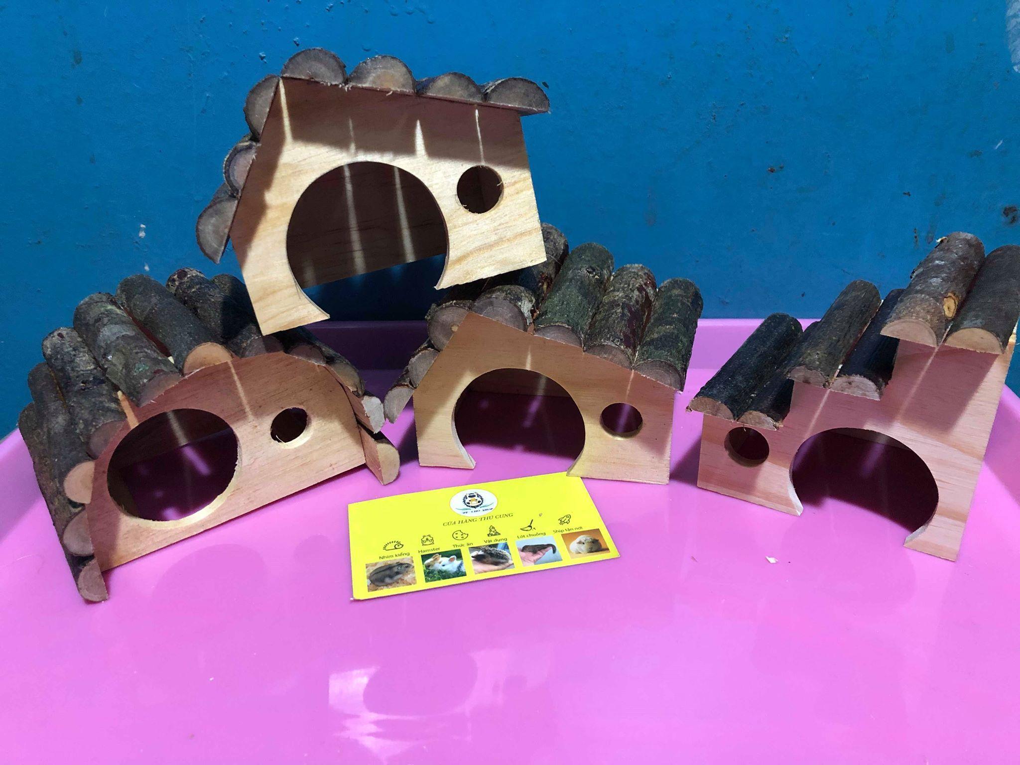 Nhà ngủ gỗ mini Mái Đen cho Hamster hoặc trưng bày siêu Xinh Xắn.