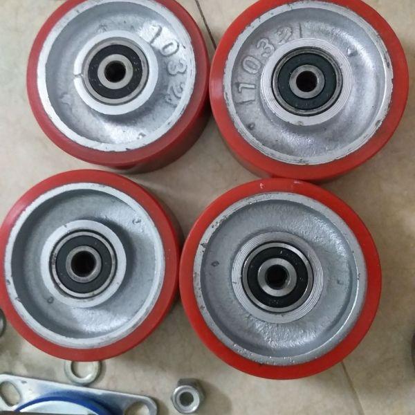 Bộ 4 bánh pu gang 100×32mm cốt 10 mm