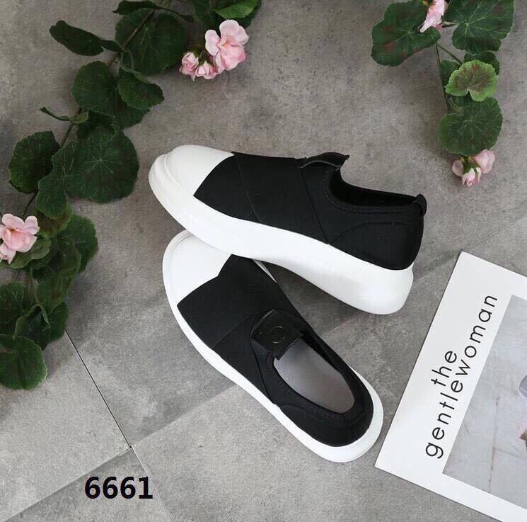 Giày lười nữ độn đế 3cm Bi Shop (Đen phối trắng)