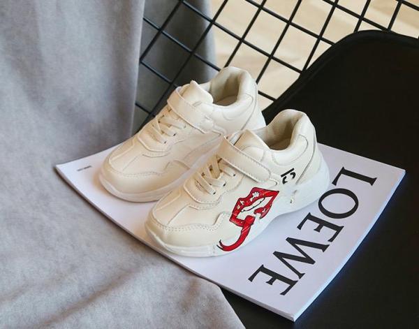 Giá bán Giày dán trẻ em nam nữ da cao cấp siêu mềm siêu nhẹ màu trắng