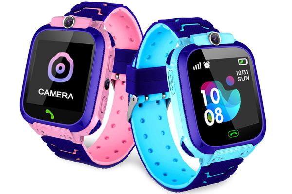 Đồng hồ thông minh định vị trẻ em Q12 nghe gọi 2 chiều lắp sim 4G chống nước Ip68 có tiếng việ