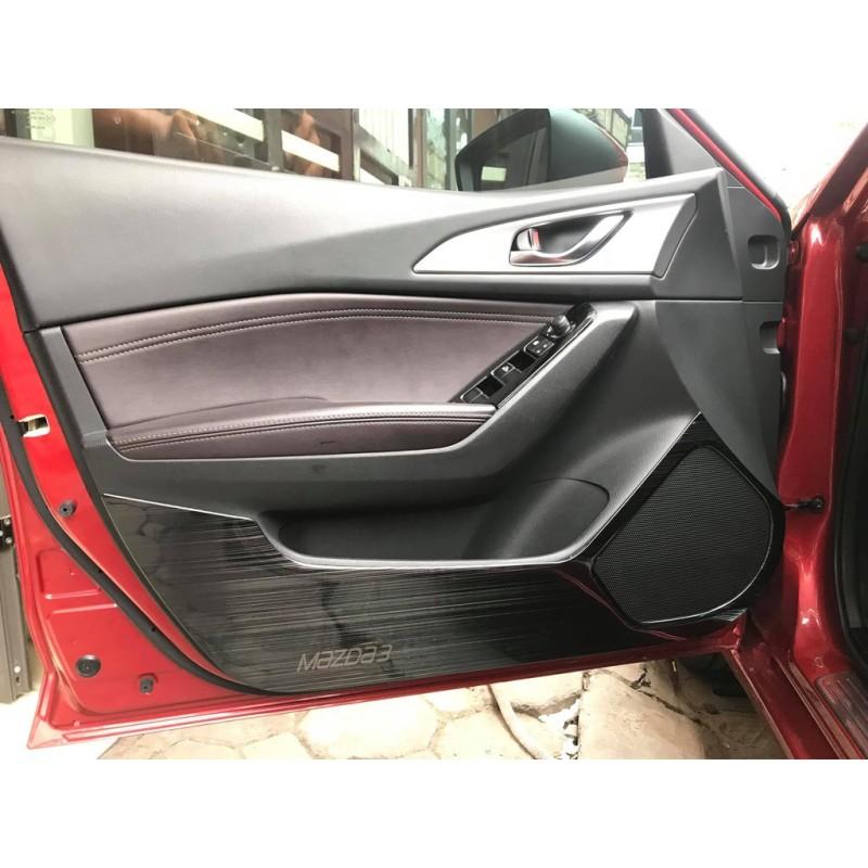 Ốp chống xước cánh cửa Mazda 3 2017 - 2018, Ốp tapli cửa Mazda 3 2017 - 2018