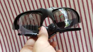 Mắt kính có Bluetooth - Kết Nối Với Điện Thoại để Nghe - Gọi Điện Thoại và nghe nhạc qua Bluetooth thumbnail