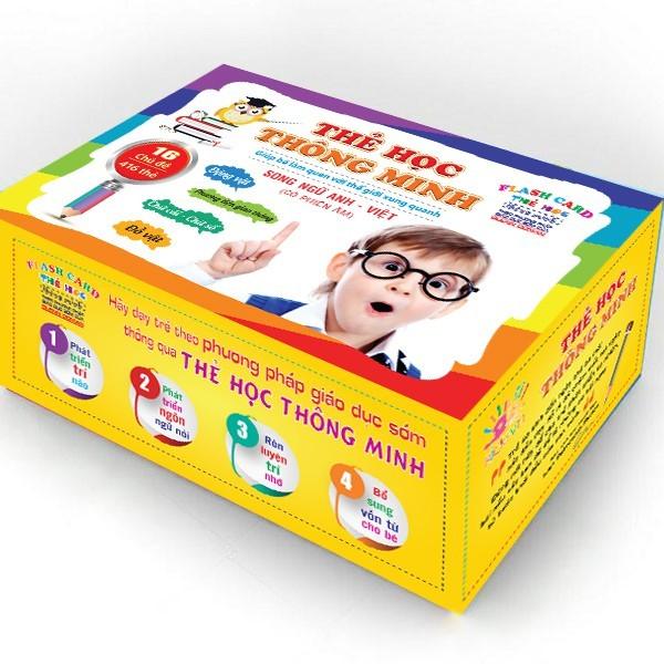 Mua Bộ thẻ học 16 chủ đề với 2 ngôn ngữ, cho trẻ thỏa sức nhận dạng và học hình ảnh quen thuộc xung quanh.