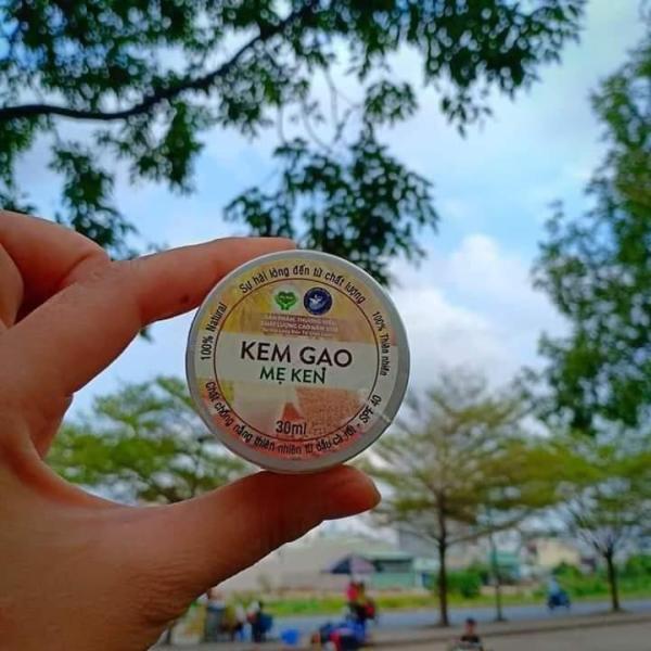 KEM GẠO MẸ KEN-Hũ 30ml-Chống nắng kiêm makeup trang điểm và làm trắng da ban ngày