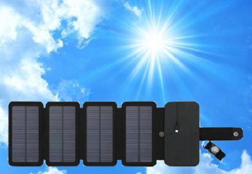 Pin năng lượng  mặt trời 4 tấm chuyên dùng phượt thủ dã ngoại