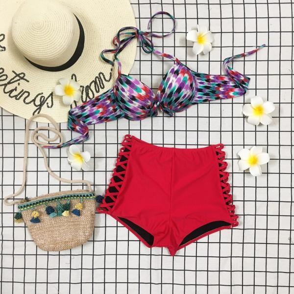 Nơi bán [HÀNG ĐẸP] Set Bikini Hai Mảnh áo gọng nhiều màu mix cùng quần đỏ lưng cao đan dây bên hông cá tính