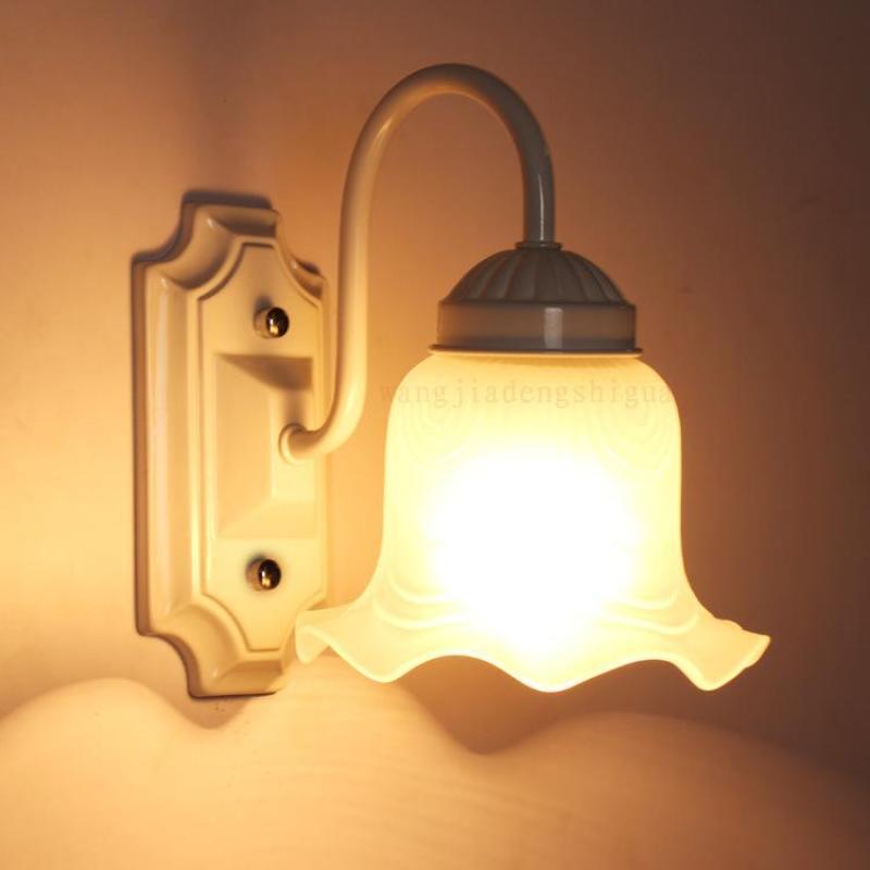 Đèn gắn tường - đèn tường - đèn vách trang trí nội thất phòng khách, phòng ngủ, cầu thang, hành lang cao cấp FLOWERLAMP
