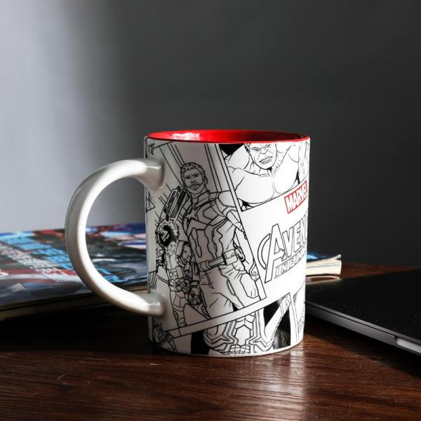 MARVEL Avengers LEAGUE 4 Cartoon Vintage Mug Creative Ceramics Cup Large Capacity Glass Coffee Cup