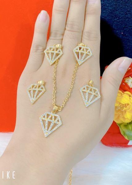 Dây chuyền thiết kế Hàn Quốc - Mykashop - dây chuyền mạ vàng bạch kim họa tiết thời trang đính đá pha lê (cam kết không đen không ngứa chất liệu bạc pha hợp kim cao cấp)