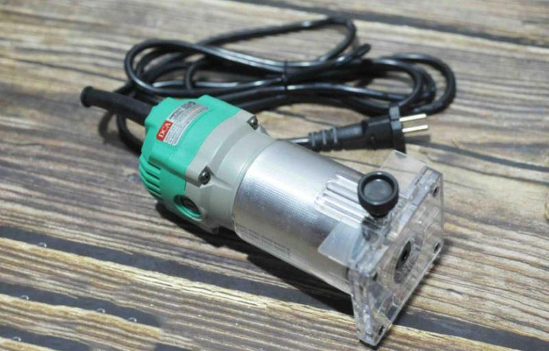 6/6.35mm Máy cắt mép (phay) 550W DCA AMP04-6
