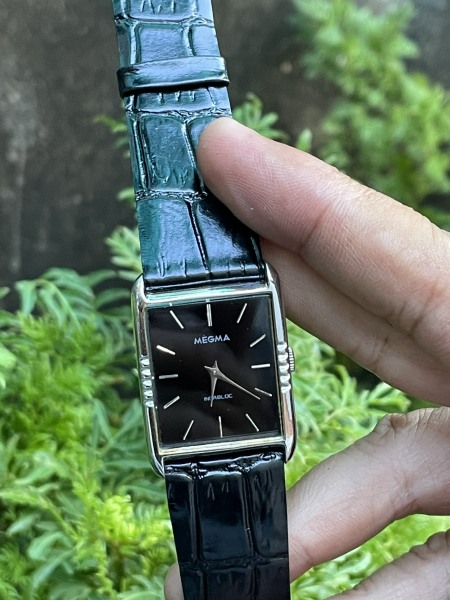 Đồng hồ Megma Thuỵ Sĩ