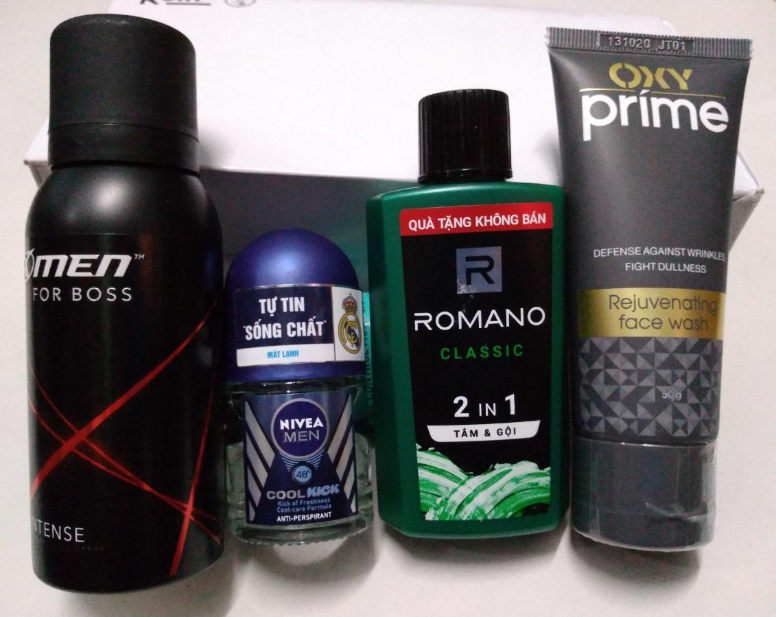Trọn bộ dành cho nam giới 4 món gồm: 1 Chai dầu tắm gội hương nước hoa Romano 2in1 60g + 1 Chai xịt khử mùi Xmen for boss 40ml + 1 Chai lăn khử mùi Nivea for men 12ml + Tặng 1 Tuýp rửa mặt Oxy Prime 50g nhập khẩu