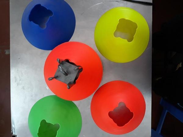 Combo10chiếc/1 màu)Cone tập luyện nấm chiến thuật trong luyện tập bóng đá đá banh