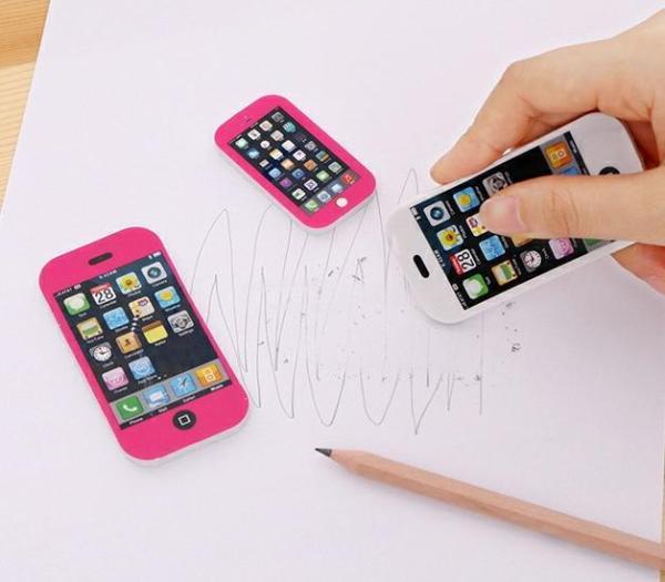 Mua Combo 2 cục tẩy hình iphone