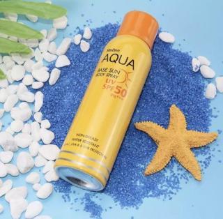 Kem Xịt Chống Nắng Mistine Aqua Toàn Thân Dạng Xịt, Nâng Tone Da, Ngăn Tia UV, Ngăn Lão Hóa Da Mistine Aqua Base Sun Screen Body Spray UV SPF50+ PA+++ thumbnail