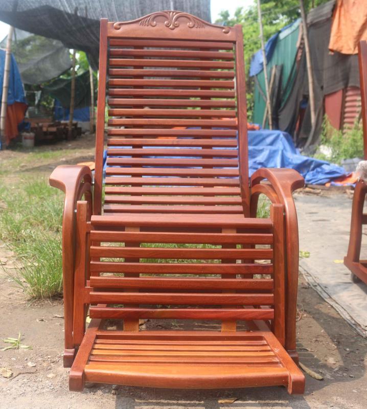 Ghế Lười gỗ Nghiến giá rẻ