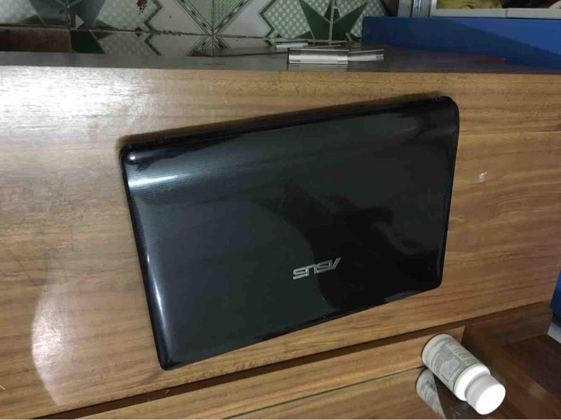Laptop Asus K42 thời trang