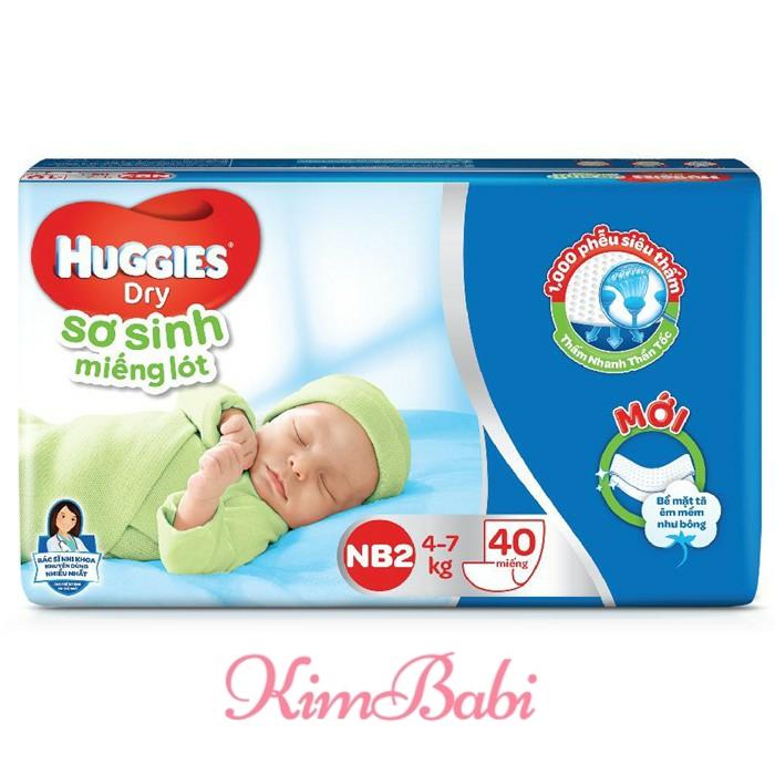 Miếng Lót Sơ Sinh Huggies NB2 (4-7kg) - Gói 40 Miếng Giá Tốt Không Nên Bỏ Qua