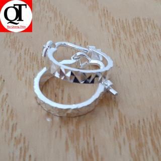 Bông tai nữ Bạc Quang Thản, khuyên tai nữ chữ đơn giản 100% chất liệu bạc thật không xi mạ, kiểu khóa đeo sát tai, thiết kế đơn giản phù hợp đeo cho cả trẻ em và người lớn QTBT16 thumbnail